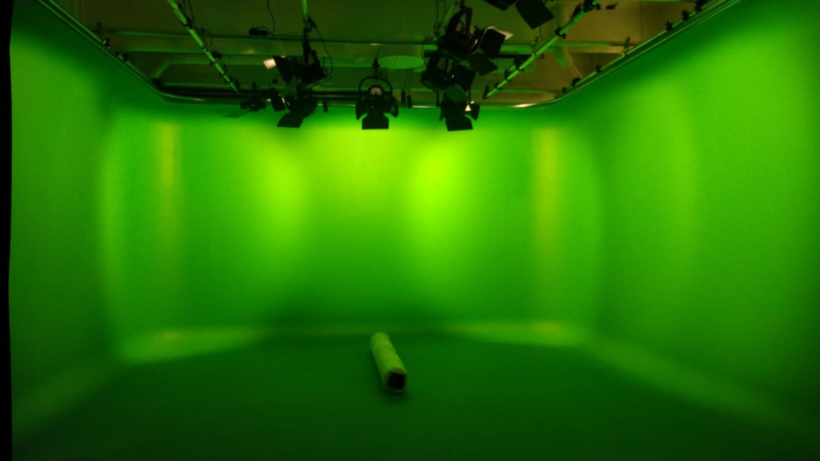 Green screen N2