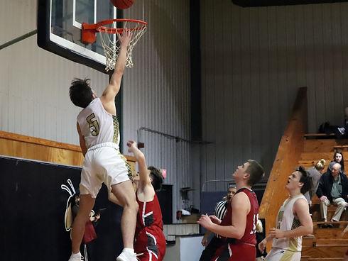 braxten trying to dunk.jpg
