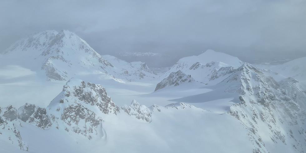 Lyngen Alps ski package