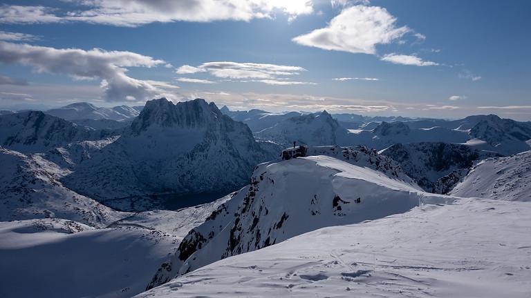 Lux ski package