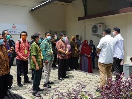 Direktur pengembangan bisnis PT BLST sambut kunjungan CEO SMK Se-Indonesia