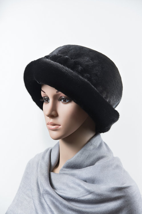 Женский головной убор из меха норки М034