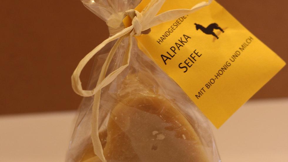 Alpaka-Seife in Herzform groß
