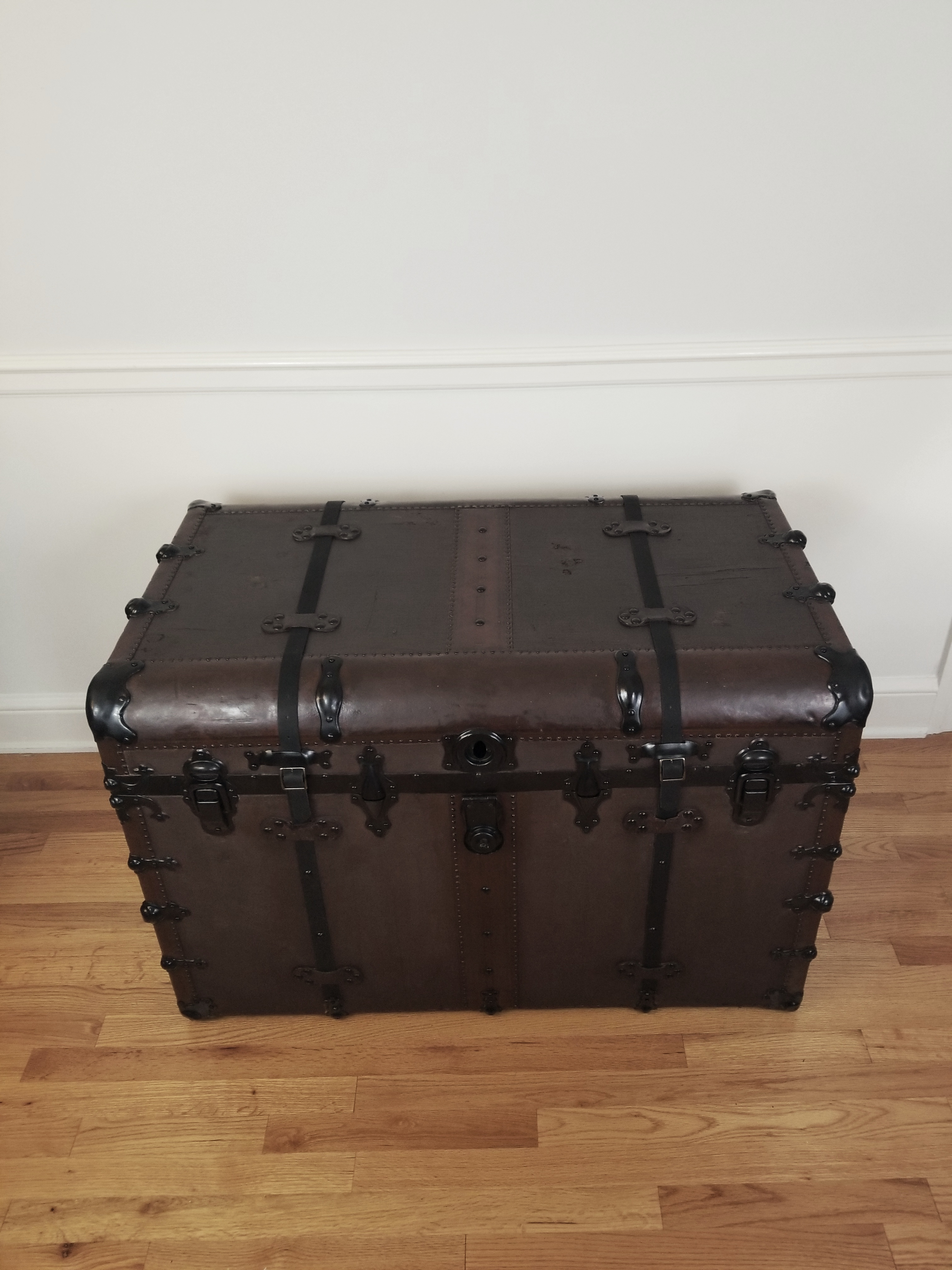 Steamer Trunk Front