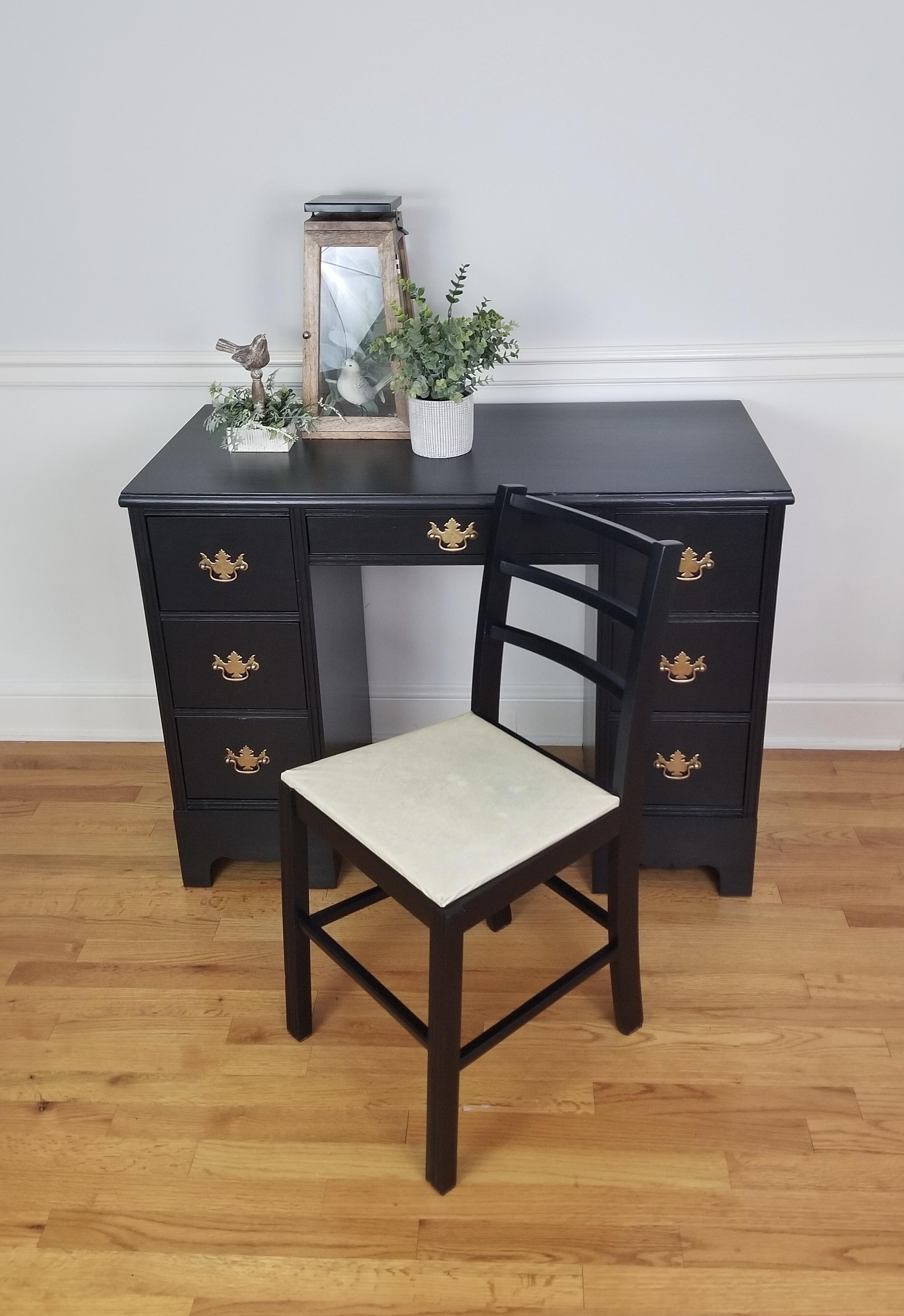 Vintage Desk - Jet Black7