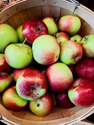 green local apples.jpg