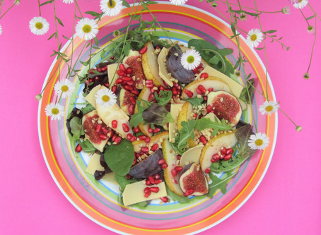 Autumn Salad of Figs and Pears for Dynamic Ageing