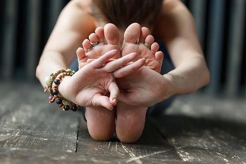 20160613-lina_yoga_woodstudio-7057.jpg