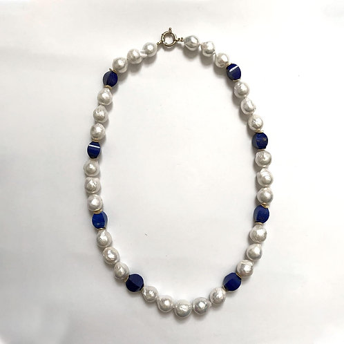 "Special ""Edison"" Baroque Pearl With Lapis Lazuli"