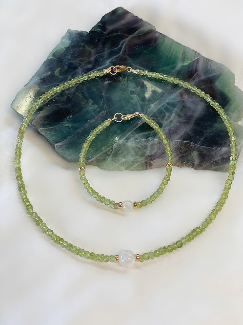 Peridot and Moonstone Necklace and Bracelate