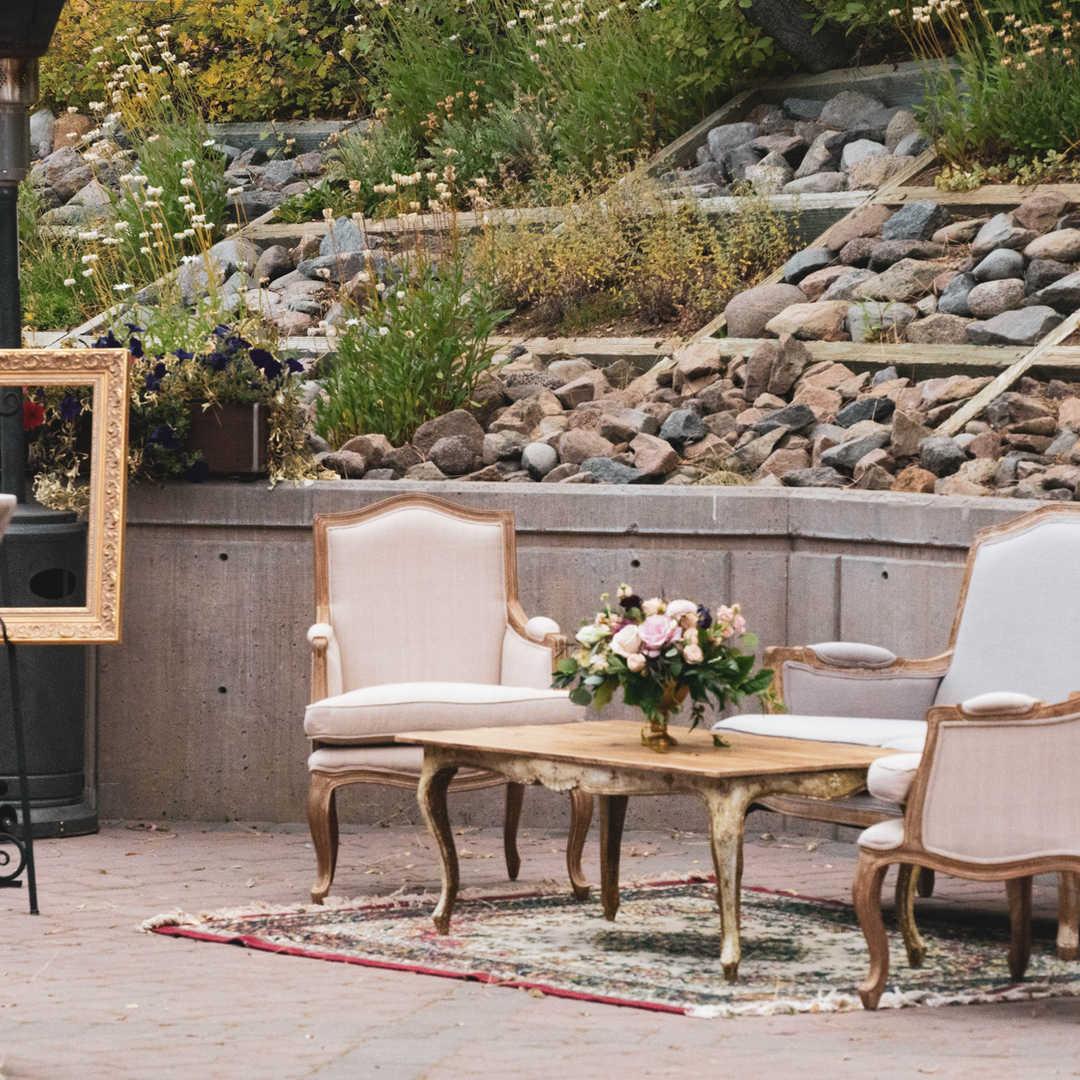 Cocktail Seating | Wedding Decor Rentals