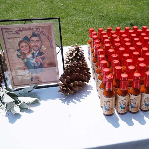 Creative Wedding Favors | Custom Hot Sauce