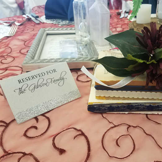 Romantic Details | Burgandy Table Overlay