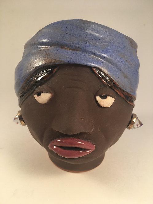Harriet T Face Pot
