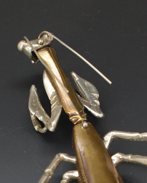 Praying Mantis Brooch