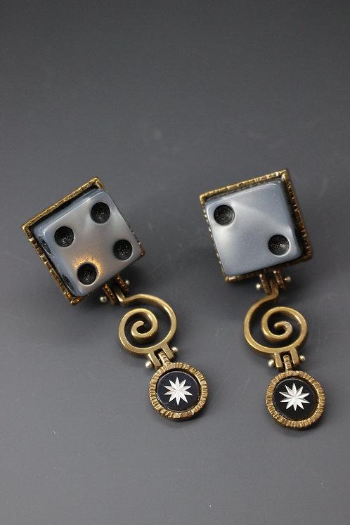 Lucky 2/4 Earrings