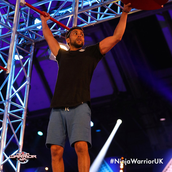 Craig Robinson on NinjaWarriorUK!