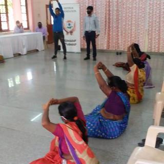 celebrating-international-yoga-day-06jp