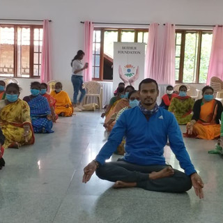 celebrating-international-yoga-day-03jp