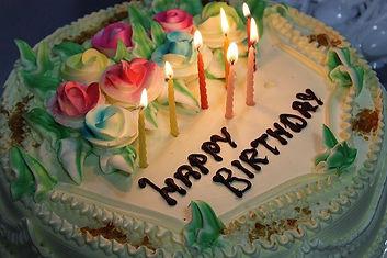 birthday-669968_640.jpg