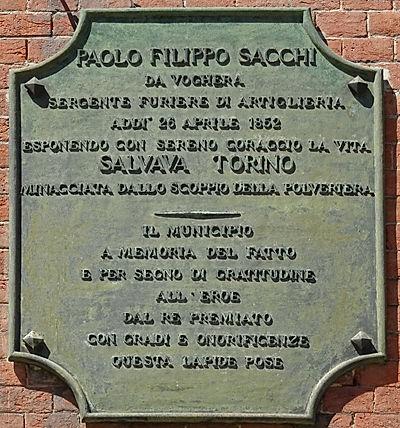 Sacchi_lapide.jpg