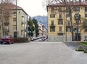 Via-F.-Aporti---passerella.jpg
