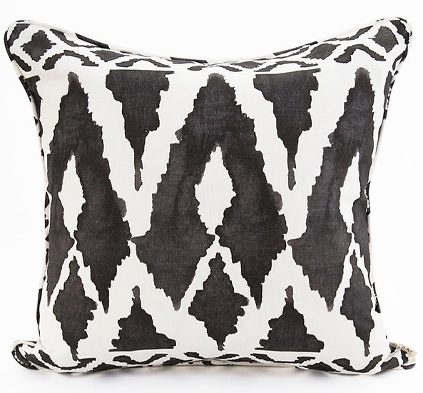 SPEARHEAD CUSHION COVER - BLACK