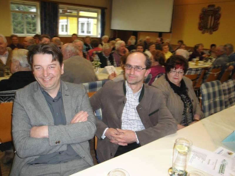 Jahreshauptversammlung mit Tombola (12).jpg