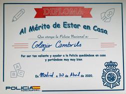 La Policía Nacional nos entrega el Diploma del Buen Comportamiento durante el confinamiento