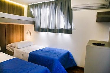 BOAT - LOW BEDS CABIN.jpg