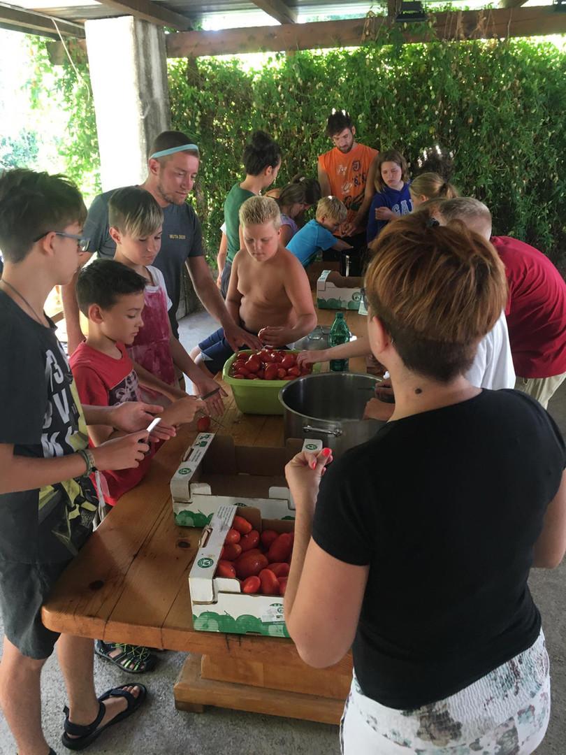 Zeleni kamp - 2.dan - Izdelovanje domače šalše