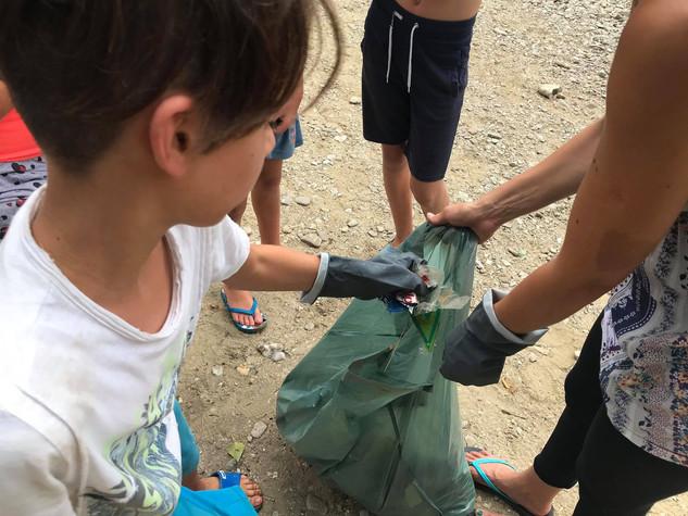 Zeleni kamp - 4. dan - Čistilna akcija
