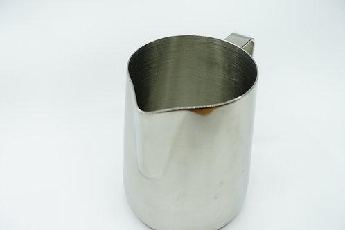 不銹鋼加厚 尖嘴拉花杯 手打奶泡拉花壺 花式咖啡杯 卡布奇諾奶泡 拉花杯 奶壺 (尖嘴 350ml/$55, 600ml/$68) (長嘴 $98/350ml)