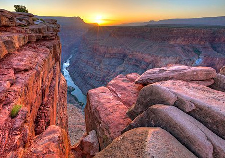 This Day in History - Theodore Roosevelt makes Grand Canyon a national monument