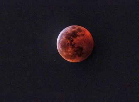 Blood Moon Eclipse - Sunday Jan 20 2019