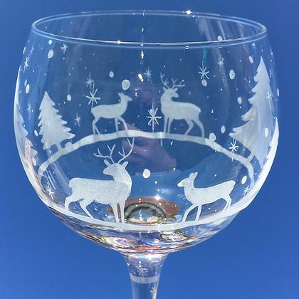 winter scene Gin glass
