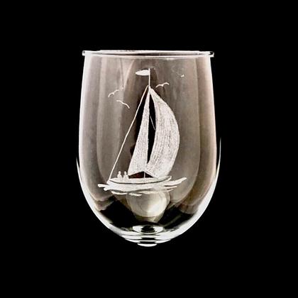 Yacht wine glass