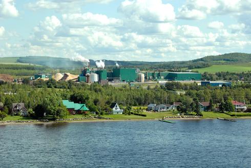 L'usine de pâtes et papier Cascades Cabano