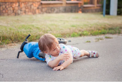 What to do when your child had a fall? 孩子跌倒了怎么办?