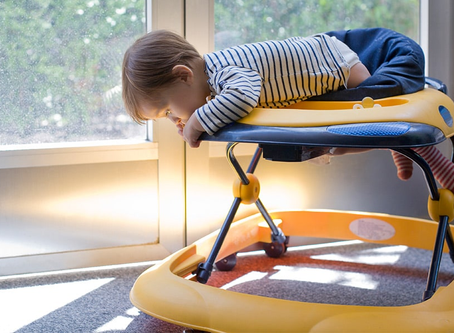 婴儿学步车安全吗?