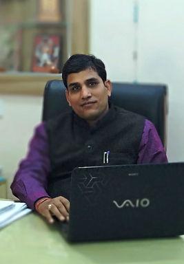 narendra tiwari sir