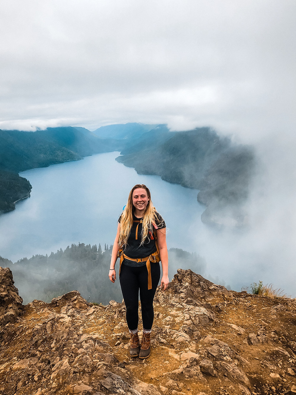 Washington Elopement Photographer on the top of Mount Storm King