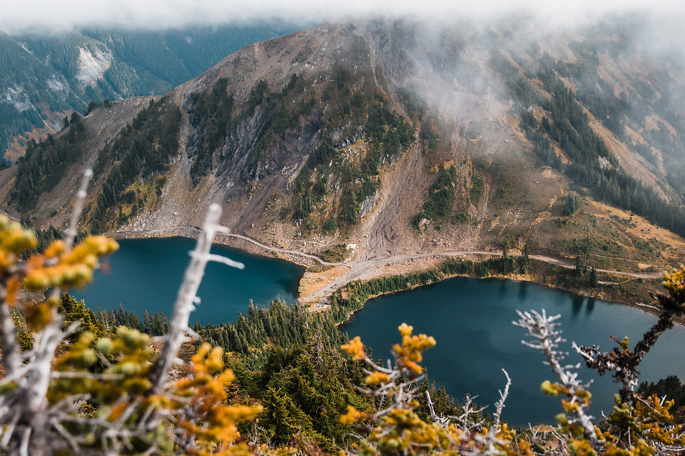 Two pristine alpine lakes nestled in the North Cascades wilderness