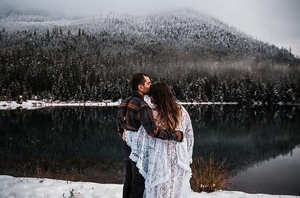 adventure-elopement-washington-snow-22.j