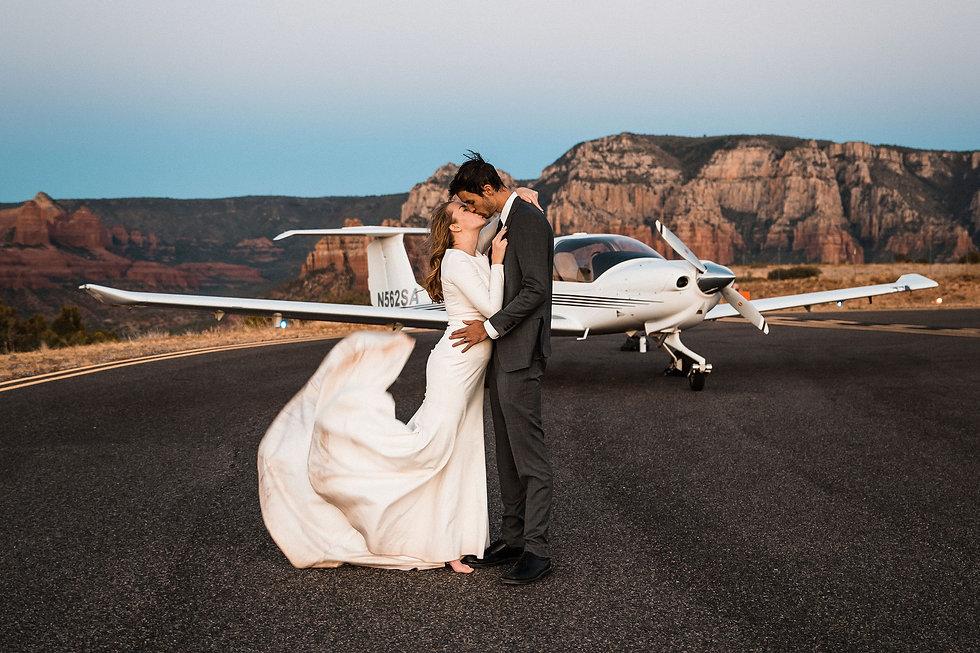 sedona-adventure-elopement-airplane-76.j