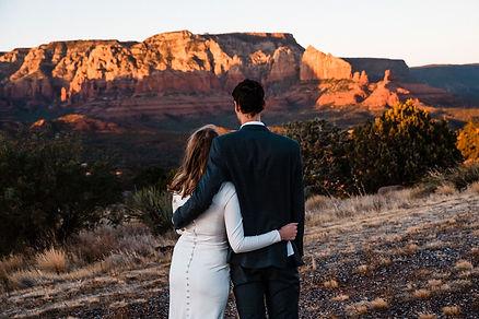 sedona-adventure-elopement-at-sunset