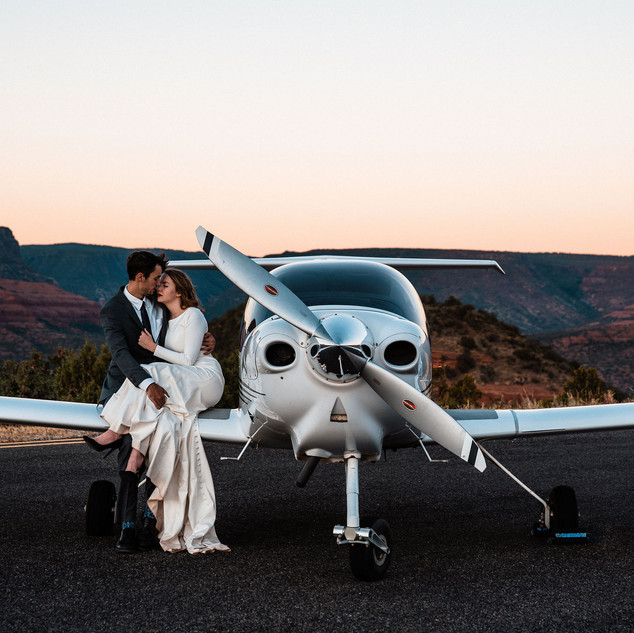 sedona-adventure-elopement-airplane-54.j