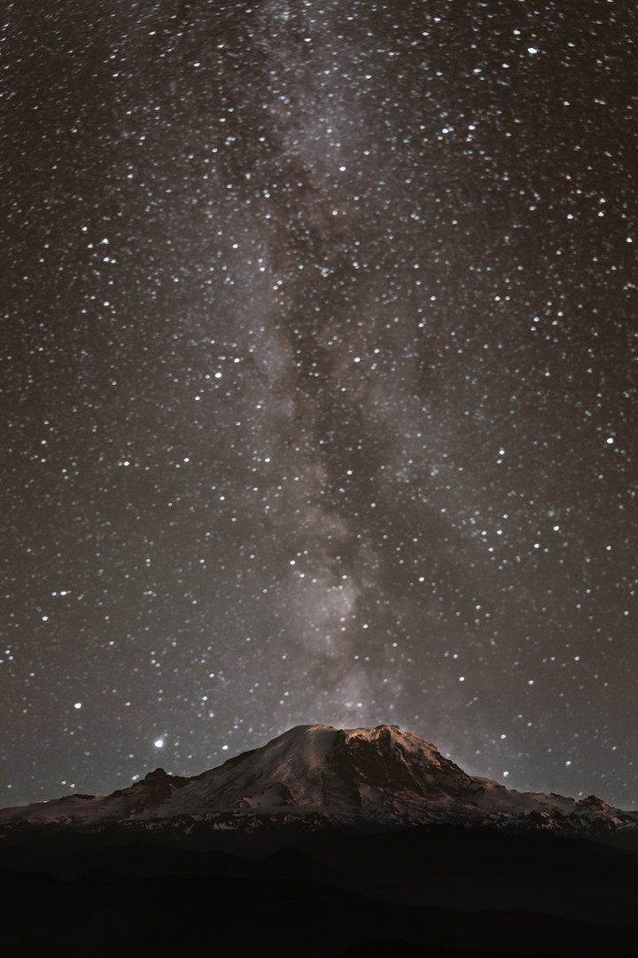 milky-way-mount-rainier-1.jpg