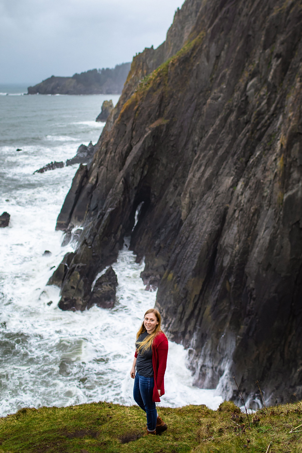 A Washington elopement photographer specializing in adventure elopements and routinely shoots elopements in Olympic National Park