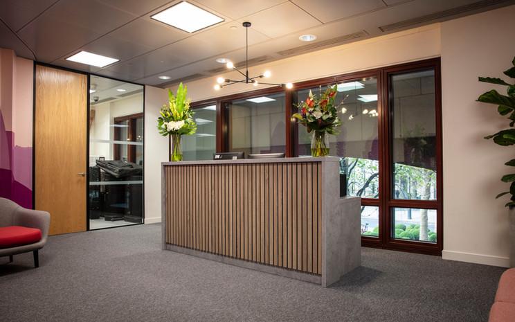 Stave Standard Desk